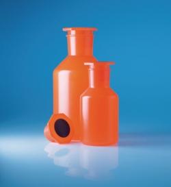 Бутылки с конической горловиной, непрозрачные. Полипропилен, 214 мм, 108 мм
